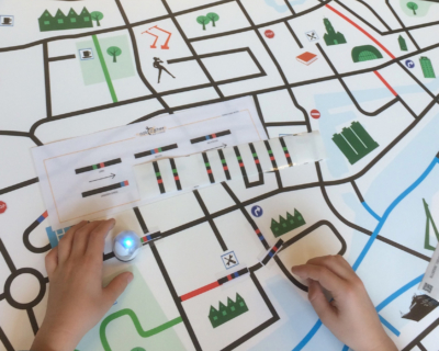 Maakbox robotiseer wereld ozobot stad programmeren