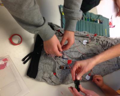 Maakbox wearables fashion kleding elektronica sensor